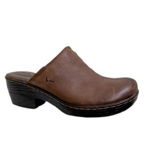 b.o.c distressed brown leather slip on clogs